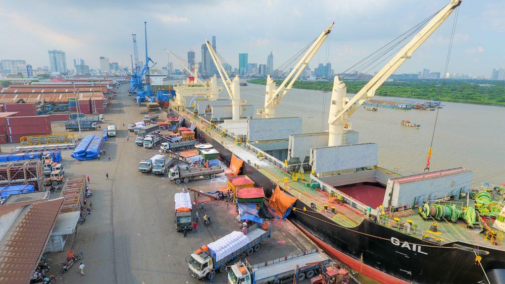 Thủ tướng yêu cầu 4 Bộ làm chính sách hút vốn vào hạ tầng logistics