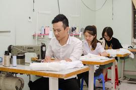 Chiến tranh thương mại Mỹ - Trung:  Doanh nghiệp nhỏ Việt điêu đứng vì hàng dư thừa của Trung Quốc tràn sang