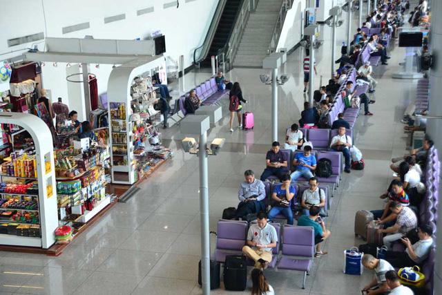 Dự án mở rộng Nhà ga quốc tế T2 Cảng hàng không quốc tế Tân Sơn Nhất được HĐTV ACV phê duyệt đầu tư năm 2014, với tổng mức đầu tư là gần 2.311 tỷ đồng.