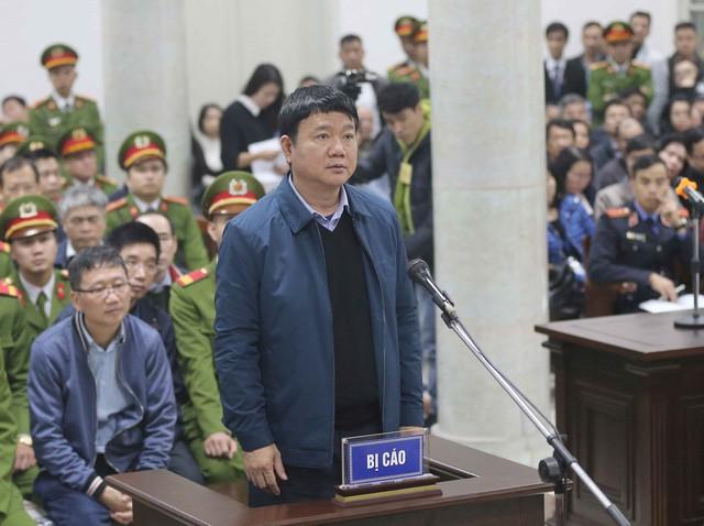 Ông Đinh La Thăng tại toà (Ảnh: TTXVN).