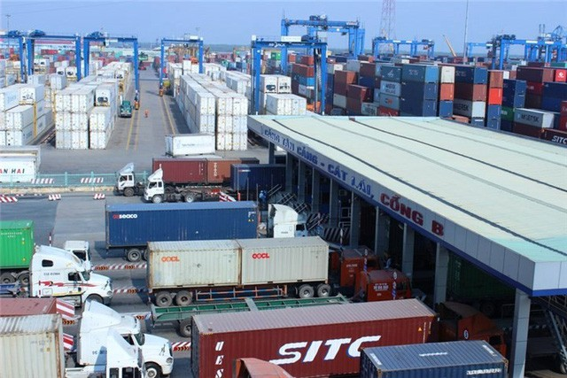 Giới kinh doanh phế liệu nhập khẩu có rất nhiều mánh khóe để qua mắt Hải quan (Ảnh minh họa)