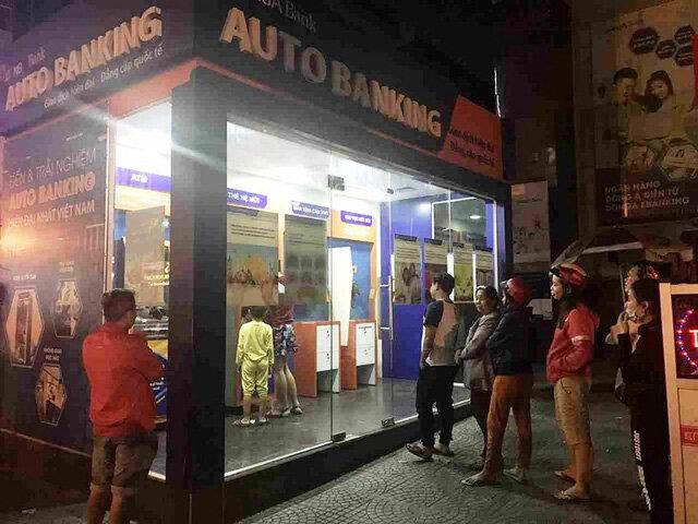 """Vụ """"bốc hơi"""" 116 triệu đồng tại DongA Bank: Ngân hàng bị """"lạc"""" văn bản của khách?"""