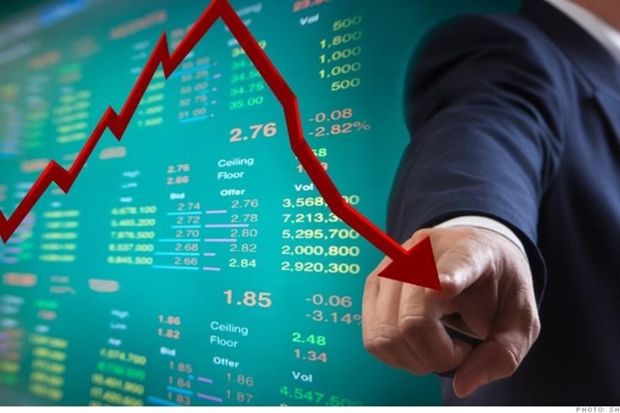 Thị trường chịu áp lực chốt lời, vẫn có trên 5.500 tỷ đồng đổ vào mua cổ phiếu