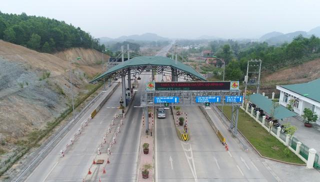 """Bộ Giao thông thừa nhận trạm BOT đặt """"nhầm chỗ"""" trên Quốc lộ 3"""