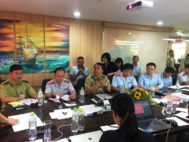 Đoàn kiểm tra của Bộ Công Thương làm việc với Công ty Cổ phần Con Cưng tại trụ sở nằm ở quận 7, TPHCM. Ảnh: Đại Việt