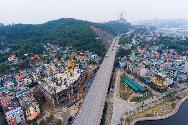 Phát triển quá nhanh, Quảng Ninh tính chuyện quy hoạch lại TP Hạ Long