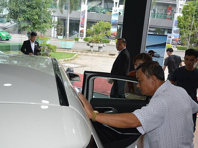 Dù được hưởng mức thuế nhập khẩu 0% từ các nước trong khu vực ASEAN nhưng giá bán nhiều mẫu xe lại tăng. Ảnh: Quang Huy