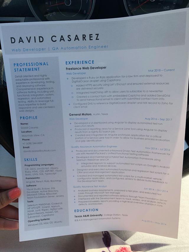 Tờ sơ yếu lý lịch đầy thành tích của anh David Casarez. (Nguồn: Novus Vero)
