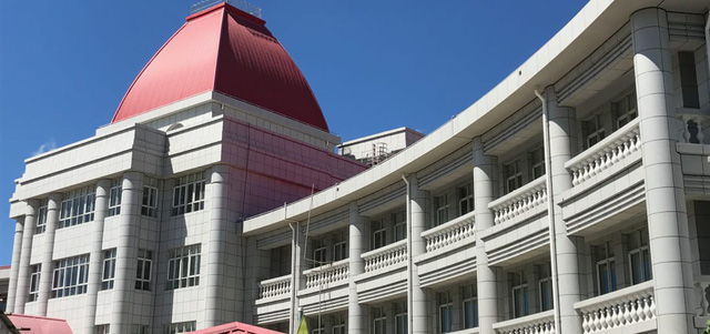 Cung điện Hoàng gia Tonga - công trình do Trung Quốc cho hòn đảo vay tiền xây dựng (Ảnh: Newsroom)
