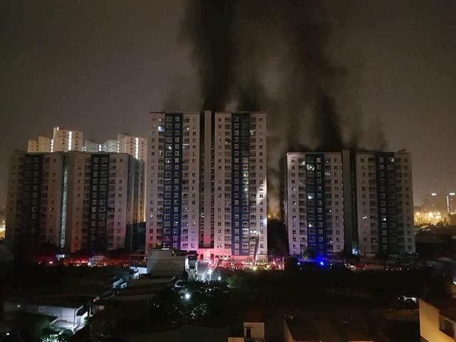 Việc kinh doanh căn hộ của Năm Bảy Bảy sa sút mạnh sau vụ cháy kinh hoàng tại Carina