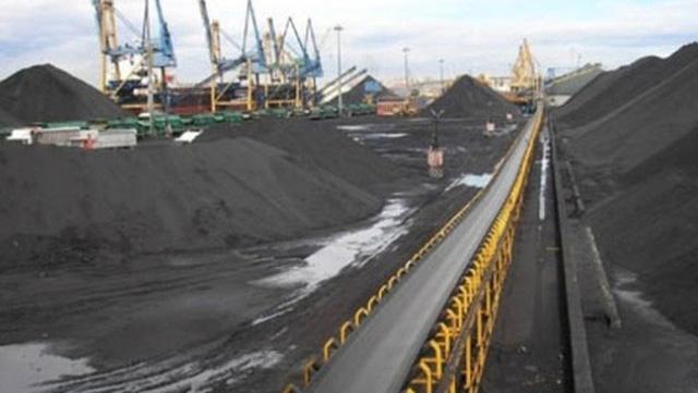 Hoạt động xuất, nhập khẩu than của một số doanh nghiệp hiện có nhiều vấn đề không rõ ràng (Ảnh minh họa)