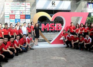 Sôi động lễ ra quân chương trình  mừng sinh nhật Maritime Bank