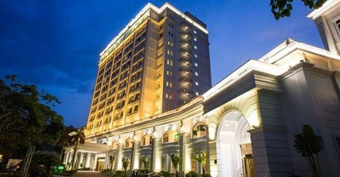 Cổ phiếu của Casino Royal HaLong  bị đưa vào diện cảnh báo