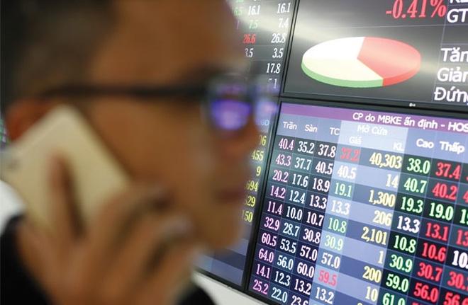 """Dùng 12 tài khoản thao túng cổ phiếu, cựu sếp Vinaconex 21 bị """"sờ gáy"""""""