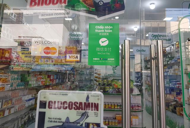 Cửa hàng ở Nha Trang bất chấp quy định thanh toán qua mạng với khách Trung Quốc khiến nhà nước thất thu thuế