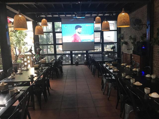 Trước trận đấu với tuyển Hàn Quốc: Nhiều nhà hàng, quán cà phê đã