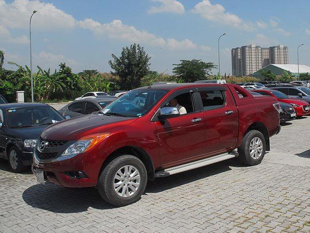 Bộ Tài chính đề xuất tăng mạnh thuế tiêu thụ đặc biệt, lệ phí trước bạ với ô tô bán tải.