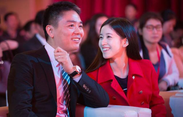 Lưu Cường Đông và vợ Chương Trạch Thiên.