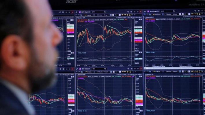 Cổ phiếu Apple và giá dầu đưa chứng khoán Mỹ tăng điểm