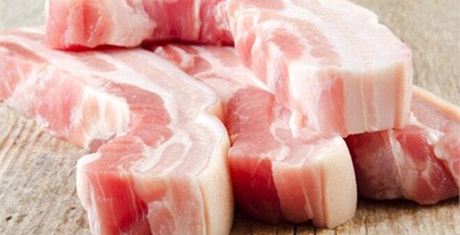 Bộ Nông nghiệp yêu cầu tạm dừng nhập thịt lợn từ hai nước