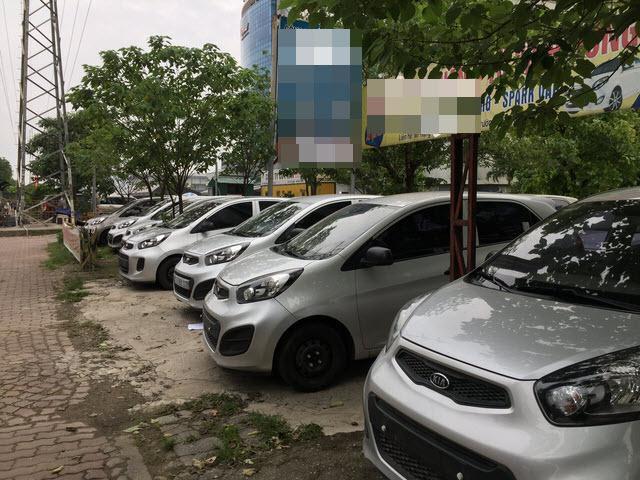 Xe cũ, dòng xe cỏ giá rẻ vẫn đạt doanh số tiêu thụ khá ổn định giữa cơn bão ở thị trường xe Việt