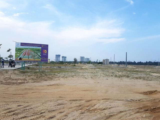 Các khu đất được tỉnh giao cho nhà đầu tư hiện đang phân lo bán nền ở khu đô thị Điện Nam - Điện Ngọc