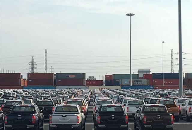 Bộ Giao thông Vận tải cần có chế tài kiểm soát xe xả thải vượt tiêu chuẩn, quy định gây ô nhiễm môi trường Ảnh: Tuấn Nguyễn