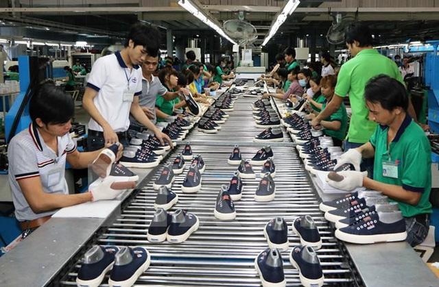 """Da giày và dệt may vẫn loay hoay với """"bài toán"""" về nguồn nguyên liệu, ô nhiễm môi trường và nhân lực chất lượng."""
