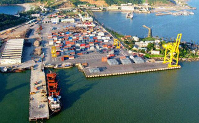 Đua xây cảng biển, lập khu kinh tế: