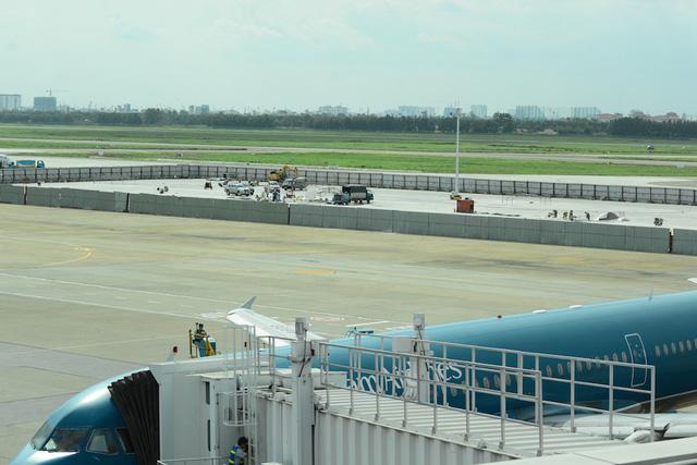 Chi phí cải tạo, mở rộng sân bay Tân Sơn Nhất khoảng 25.000 tỷ đồng