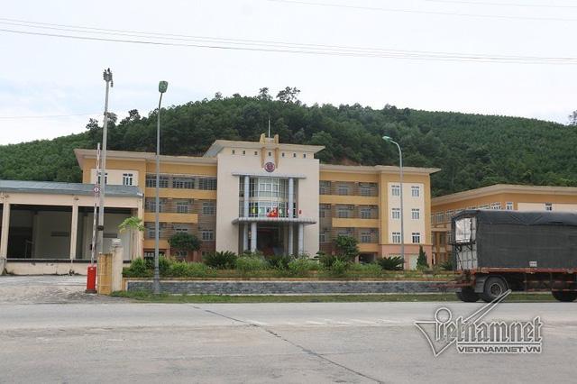 Toà nhà hoành tráng của Chi cục Hải quan KKT Cầu Treo nay chuyển lại cho nhân sự Đội kiểm soát chống lậu