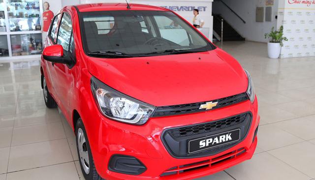 Chevrolet Spark Duo hiện rơi về mốc chỉ 265 triệu đồng, trở thành chiếc ô tô rẻ nhất Việt Nam hiện nay.
