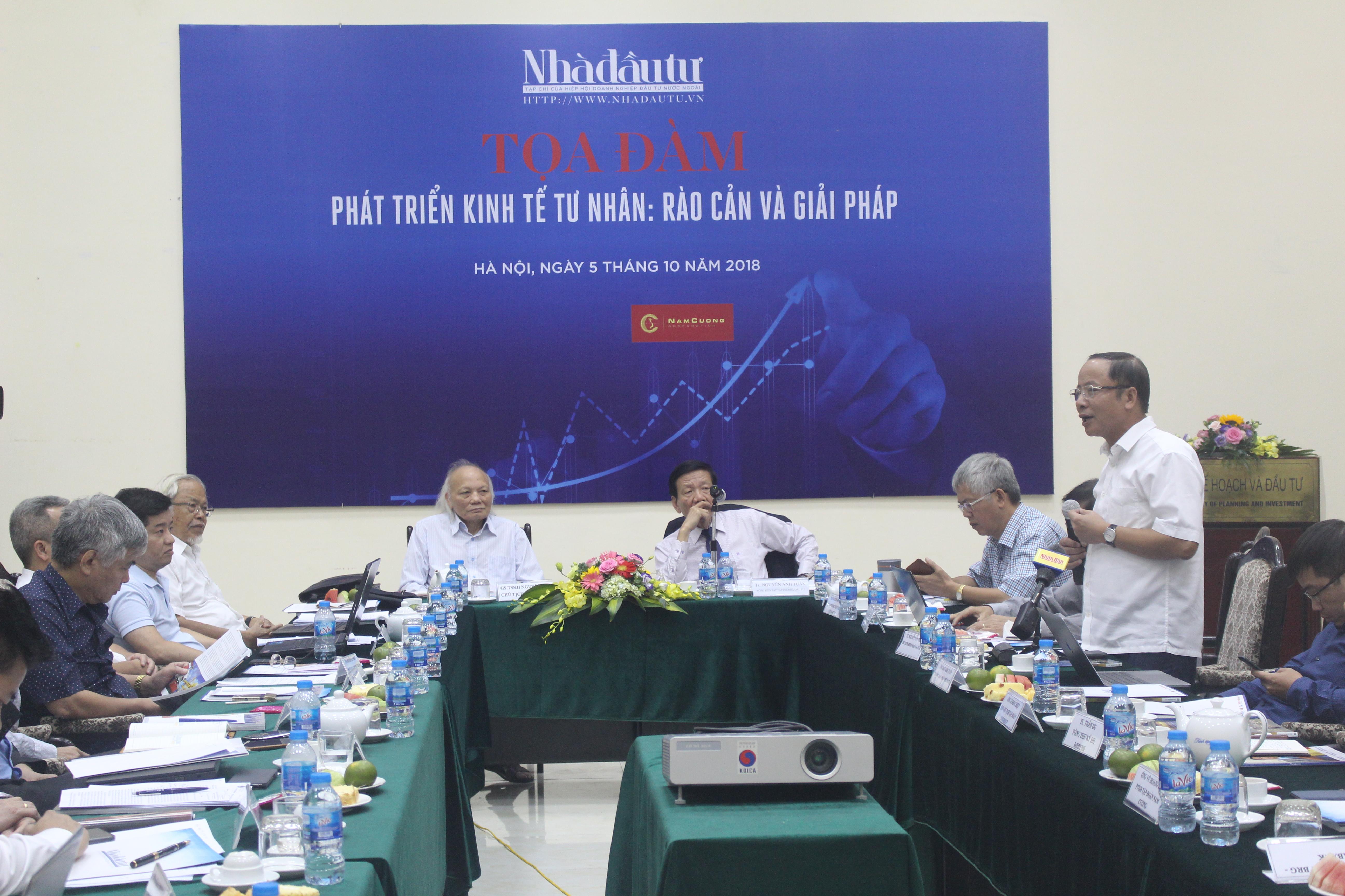 """TS. Nguyễn Đình Cung: """"DN Việt không muốn lớn và muốn lớn cũng không được"""""""
