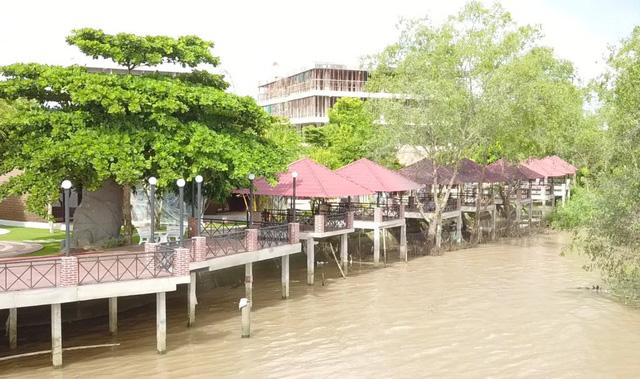 """Chủ tịch TP Cần Thơ nói về vụ resort lấn """"đất vàng"""""""
