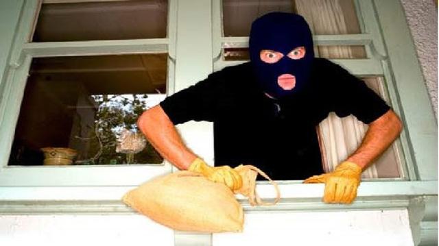 Ở chung cư, vẫn lo ngay ngáy kẻ trộm, kẻ cướp ghé thăm (Ảnh minh họa)