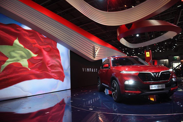 VinFast ra mắt xe hơi tại một trong những Triển lãm xe lâu đời nhất thế giới Pari Mortor Show (Pháp)