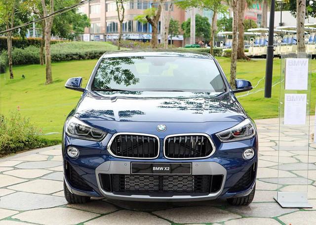 Nhiều thay đổi với xe BMW tại Việt Nam, KIA Rondo giảm giá