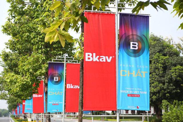 """Sáng nay, """"canh bạc"""" Bphone 3 của Bkav ra mắt"""
