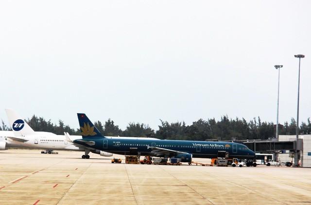 Đường băng số 1 - Cảng Hàng không Quốc tế Cam Ranh xuống cấp nghiêm trọng, có nguy cơ ảnh hưởng đến an toàn bay