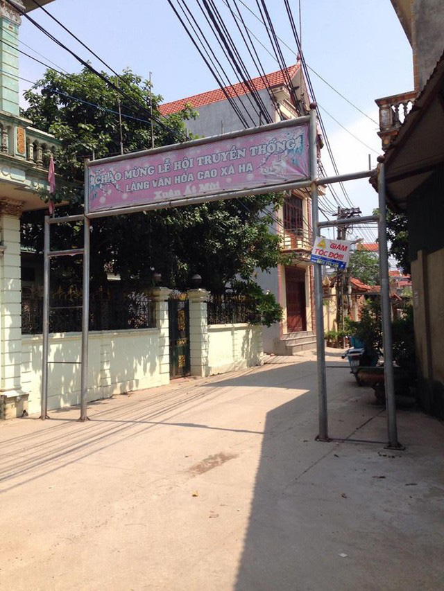 Nghề giết mổ và kinh doanh thịt chó đã đem lại nhiều đổi thay về mặt kinh tế cho người dân làng Cao Hạ. Ảnh:N.Hiếu