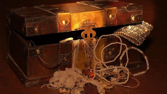 Tranh nhau đi đào vàng bạc trị giá 350 triệu USD ở vùng đất kho báu