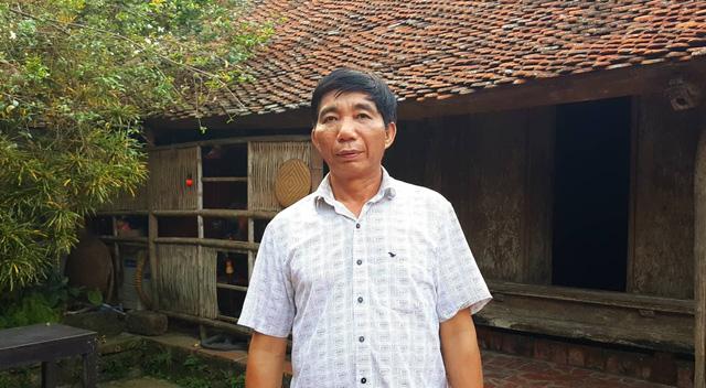 Ông Nguyễn Văn Hùng - chủ nhân đời thứ 12 của căn nhà
