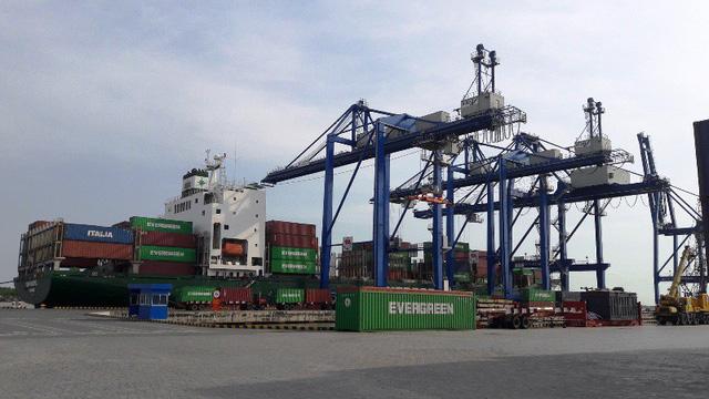 Cảng Phú Hữu được cho thuê không đúng quy định.