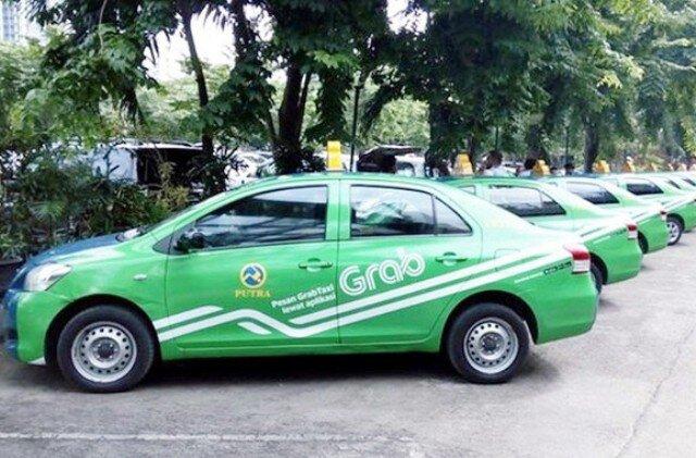 Kiến nghị xe Grab phải gắn hộp đèn, niêm yết giá như taxi truyền thống