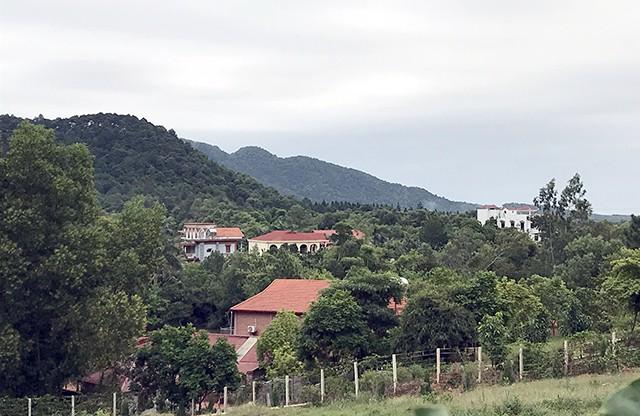 Biệt thự mọc giữa rừng Sóc Sơn: Mỗi hộ chỉ được xây không quá 200m2 đất