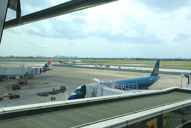 Sân bay Tân Sơn Nhất mất điện do thực hiện bảo trì máy biến áp