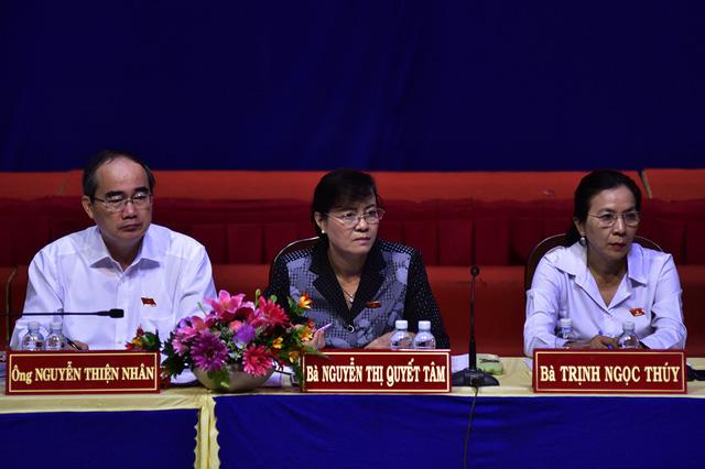 Đại biểu Quốc hội lắng nghe ý kiến cử tri về khu đô thị mới Thủ Thiêm