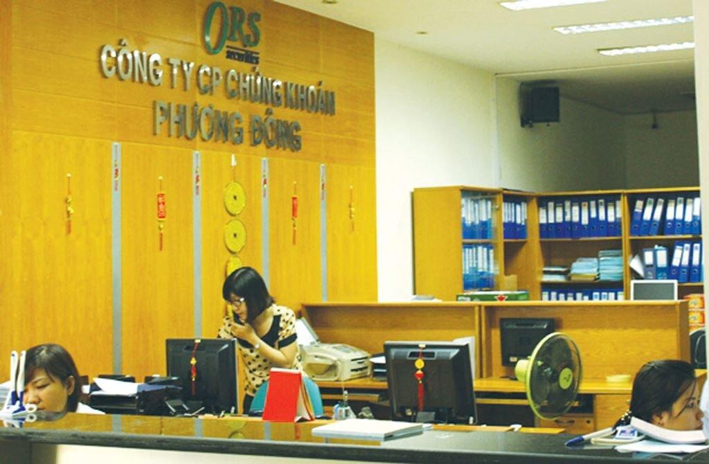 Chứng khoán Phương Đông bị đình chỉ hoạt động tự doanh
