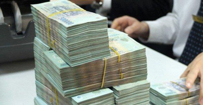 Cả nền kinh tế đang vay hệ thống ngân hàng… 7 triệu tỷ đồng!