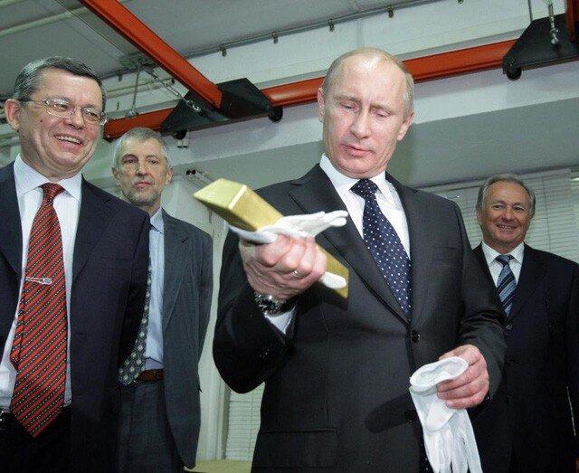 Lo ngại đô la Mỹ, các ngân hàng trung ương ồ ạt mua vàng